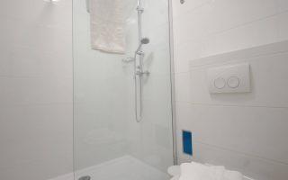 Depandance apartment-bathroom