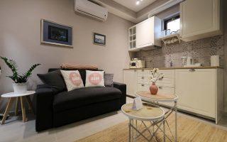Depandance apartment-sofa
